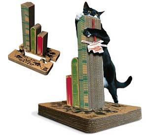 king kong cat scratch post - Thisiswhyimbroke.com: todos os desejos geeks num só site