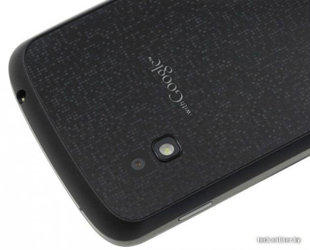 """Nexus4back2 610x493 - Confirmado: fotos e informações do novo """"Google Nexus 4"""" (LG E960)"""