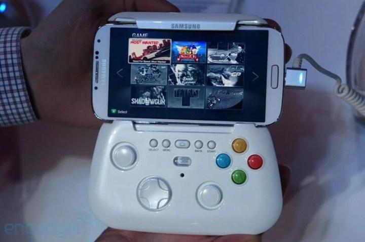 dsc08035 720x478 - Samsung mostra protótipo de gamepad sem fio