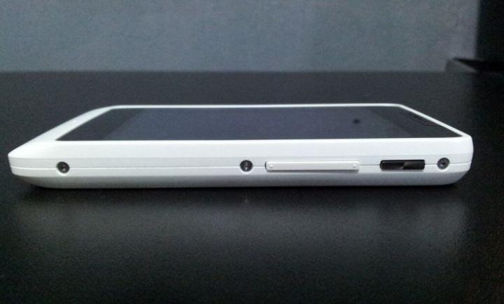 IMG 20130409 1720207 720x434 - Review: Motorola RAZR D1 (XT918)