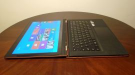 20130911 221724 300x168 - Review: Lenovo IdeaPad Yoga 13
