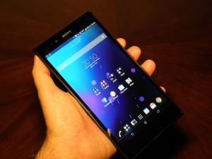 P9300139 300x225 - Hands-on: Sony Xperia Z Ultra, phablet com tela 6,4 polegadas Full HD e Snapdragon 800