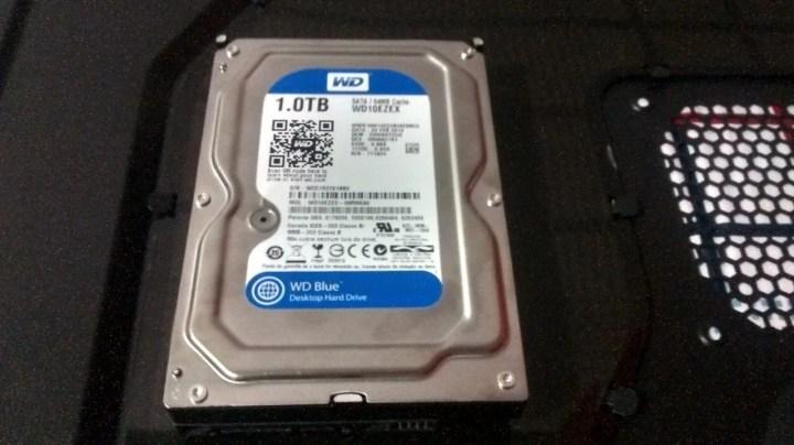 img 20150101 212200705 hdr 720x404 - Review: HD 1TB Western Digital Blue (WD10EZEX)