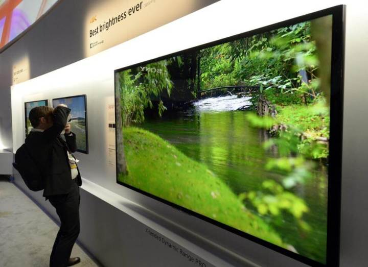 usa consumer electronics show 720x523 - CES 2015: Evolução dos televisores continua em progresso e tecnologia 4K já tem seus sucessores