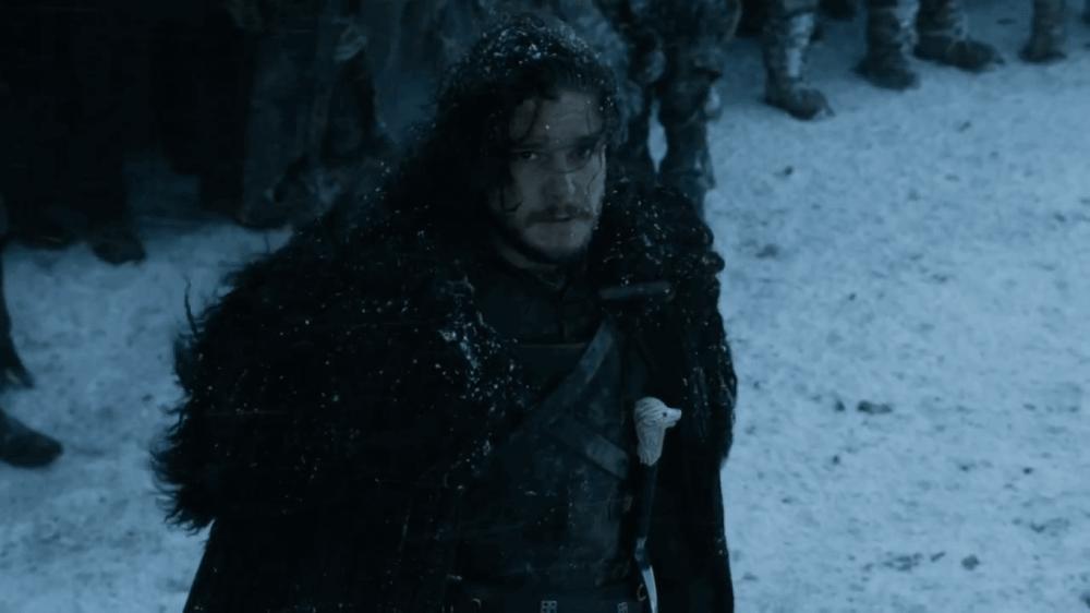 Jon Snow de volta à muralha