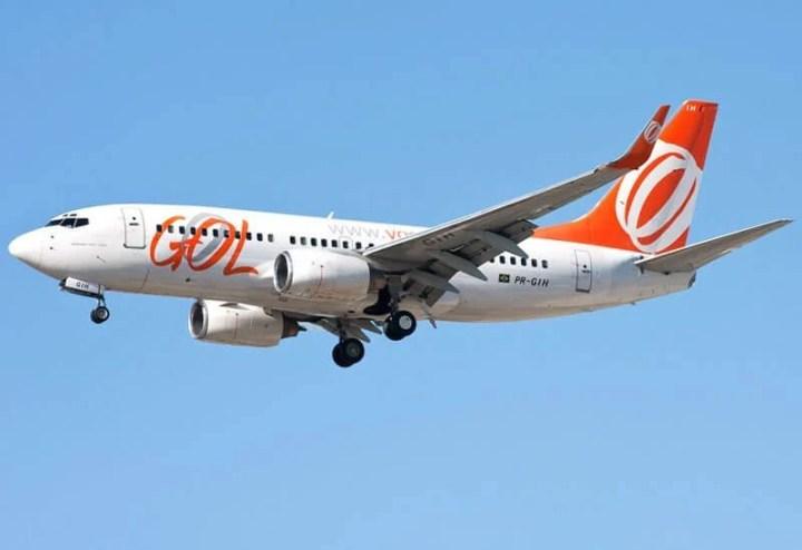 gol avio 720x494 - Passageiros da Gol poderão usar celular em modo avião em todo o voo