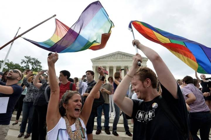 Facebook fica colorido após EUA aprovar o casamento entre pessoas do mesmo sexo 5