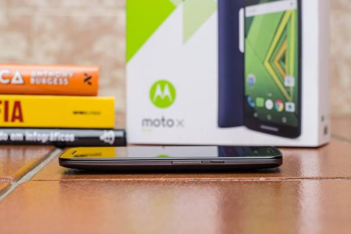 moto x play 0012 img 3946 1 720x480 - Review: Moto X Play (2015) - ele entrega o que promete?