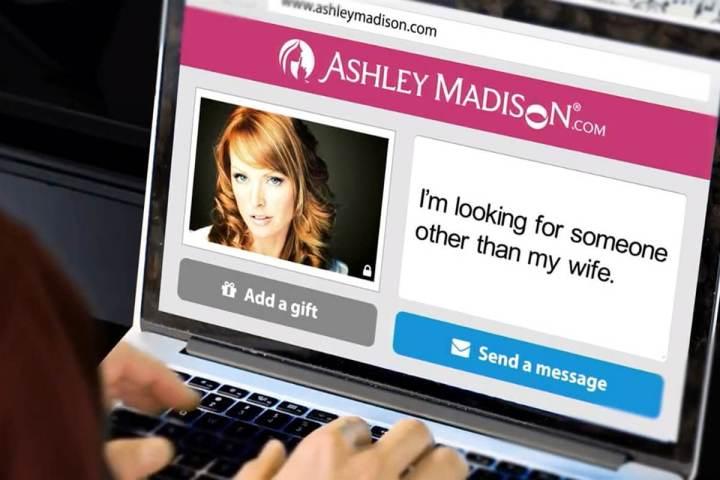 smt-AshleyMadison-note