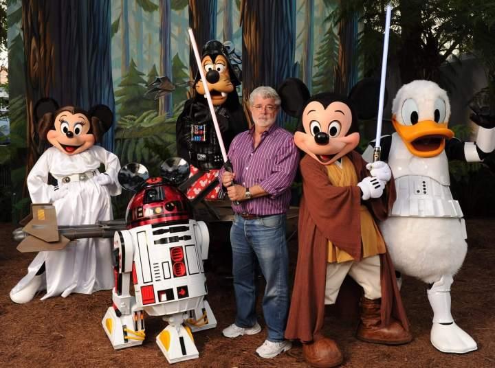 smt stardisney lucasfilm 720x536 - Star Wars ganhará parques temáticos na Disney