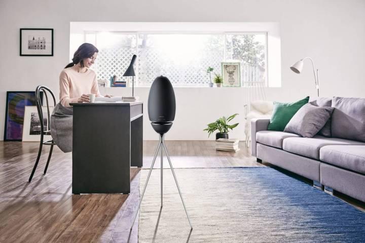 foto02 720x480 - Já ouviu falar de som em 360 graus? Confira o Wireless Audio 360, novo lançamento da Samsung