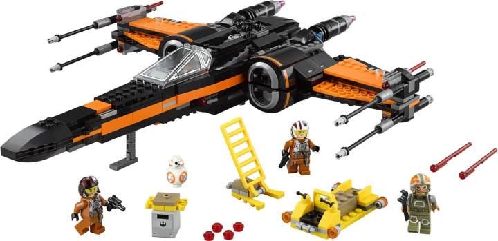 """smt starwars toys 720x349 - Maioria dos fãs acredita que """"O Despertar da Força"""" será o melhor filme da saga de Star Wars"""