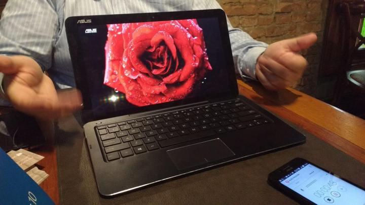 asus t300chi 720x405 - Evento da Microsoft reúne diversos dispositivos Windows 10