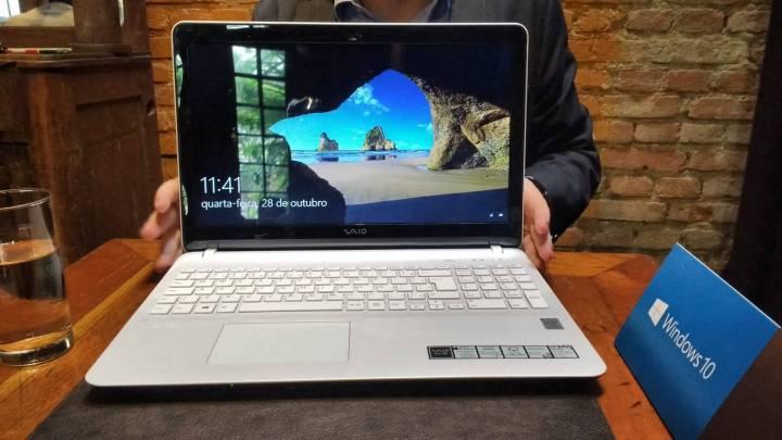 vaio fit 15f 720x405 - Evento da Microsoft reúne diversos dispositivos Windows 10