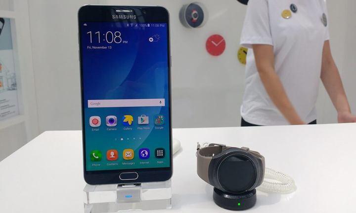 galaxy gear s2 720x432 - Público poderá ter contato com Samsung Pay, Gear VR e Gear S2 em São Paulo