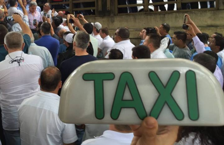 """smt 99top p3 720x469 - 99TOP, o """"Táxi Preto"""" realiza as primeiras corridas em São Paulo"""