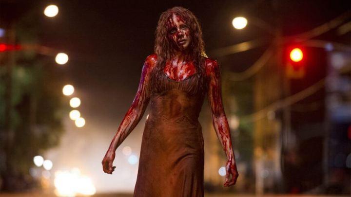 """carrie trailer 720x405 - O trailer de """"As caças-fantasmas"""" foi tão ruim assim, ou Hollywood está precisando se renovar?"""