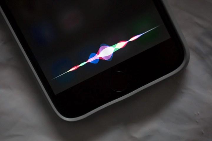Siri foi ativada pela Alexa perguntando ao Google Now