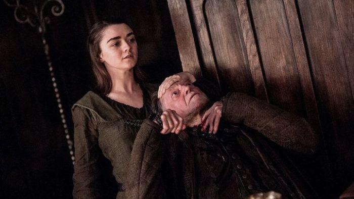 Arya-Stark-matando-Frey