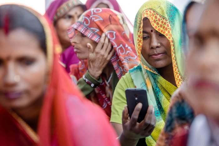 Videos Offline Facebook Indians 720x480 - Facebook testará recurso que permite ver vídeos offline