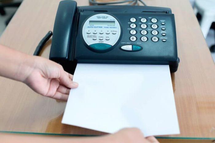 ministro Sarney e o aparelho de fax