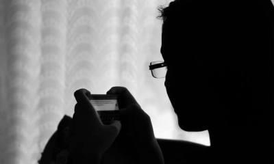 Pessoa utilizando o Whatsapp (Foto: reprodução/shutterstock)