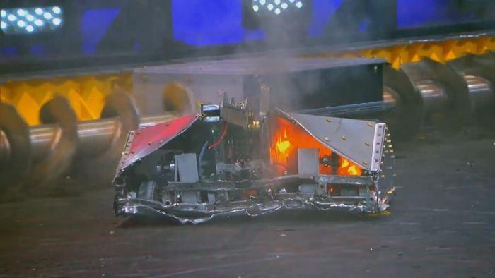 Blacksmith destruído após batalha com Minotaur