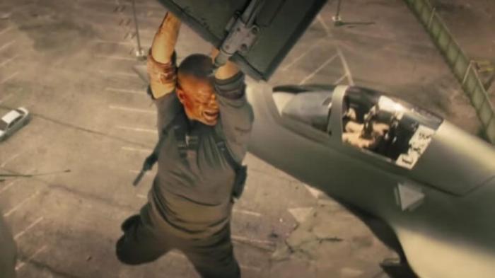 Duro de Matar 4.0 - McClane derruba um F-35
