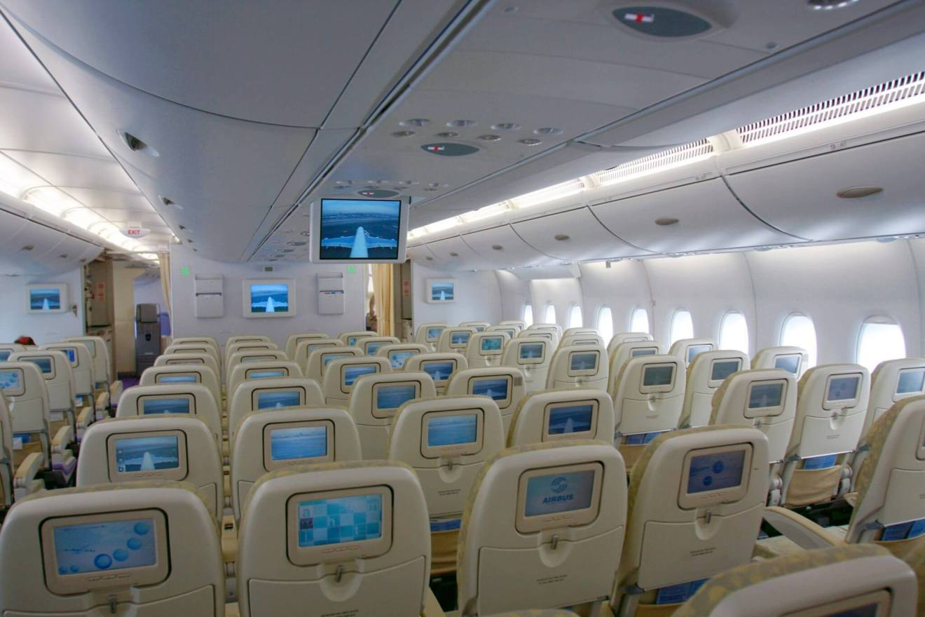 airbus a360 passageiros - Rio de Janeiro recebe o primeiro voo comercial do AIRBUS A380
