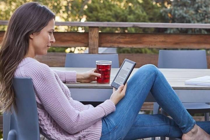 Análise do Kindle 8ª geração: Entrando com estilo no universo dos e-readers