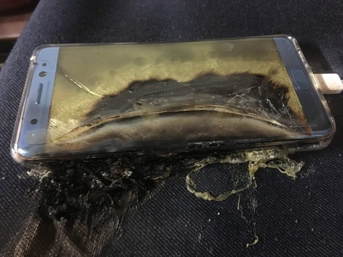 pplware samsung explicacao bateria00 720x540 - Terceira leva de Galaxy Note 7 continua explodindo, e operadoras desistem de vendê-lo