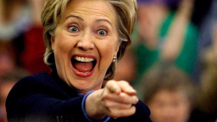 hillary clinton laughing 720x405 - Buscador Bing já sabe quem venceu as Eleições Americanas