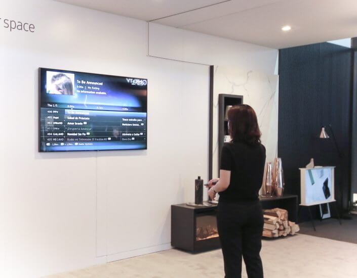 Design impecável: TVs QLED da Samsung se integram à sua área de estar 6
