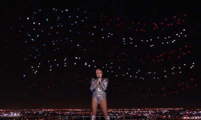 Capturar - Lady Gaga utilizou 300 drones para desenhar no céu do Super Bowl