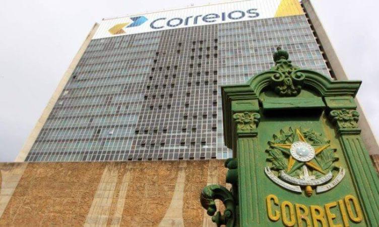 Com WhatsApp grátis, operadora dos Correios não corta internet após consumir franquia