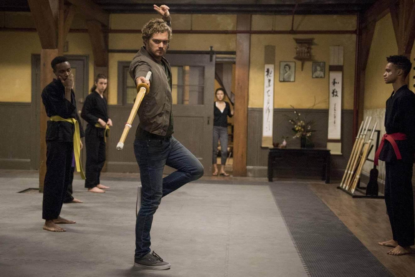 """finn jones punho ferro netflix - 3 motivos para assistir """"Punho de Ferro"""", a nova série da Netflix"""