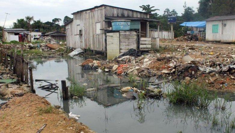 poluição água saneamento brasil