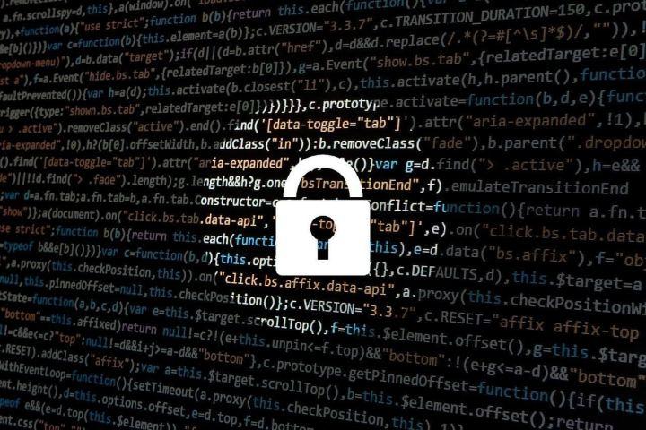 hacker 1944688 1280 720x480 - ENTREVISTA: MafiaBoy, um dos 10 maiores hackers do Mundo