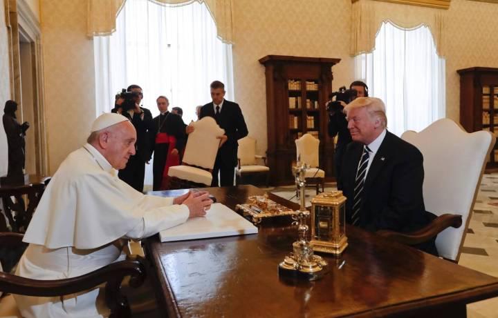 papa trump ciencia religiao 720x461 - Os três minutos que uniram ciência e religião