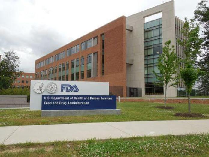 1389275612000 XXX FDA hq images by AYoung 002 - Alteração genética por vírus HIV pode salvar vítimas de leucemia