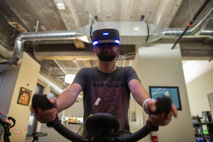 bicicleta ergometrica realidade virtual
