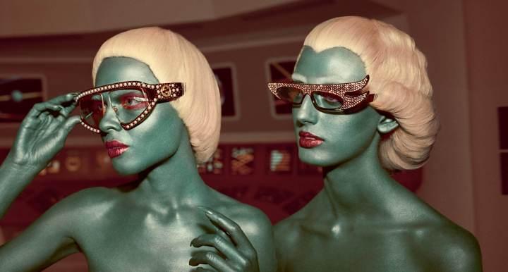 gucci fw17 campaign 5 720x386 - Uma surra de vintage sci-fi na mais nova campanha da Gucci