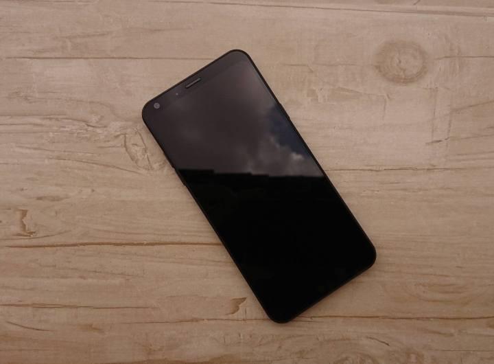 REVIEW: LG Q6+, um intermediário pra quem não curte bordas 9