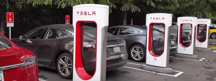 Testla 720x271 - 2018 pode ser ano da virada para carros elétricos