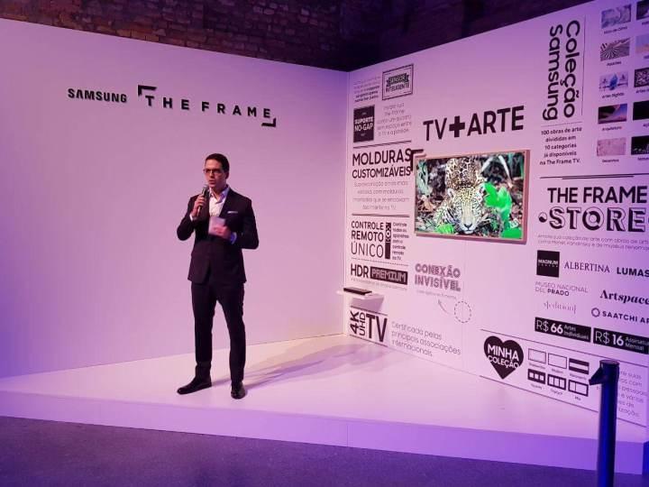 WhatsApp Image 2017 10 03 at 20.04.03 720x540 - The Frame: Samsung anuncia Smart TV como obra de arte