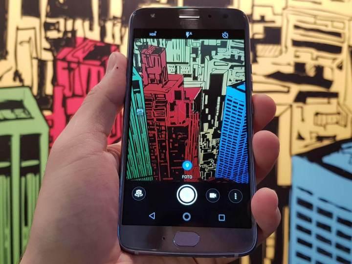 WhatsApp Image 2017 10 18 at 11.44.30 720x540 - Motorola lança o Moto X4 no Brasil, confira preço e especificações