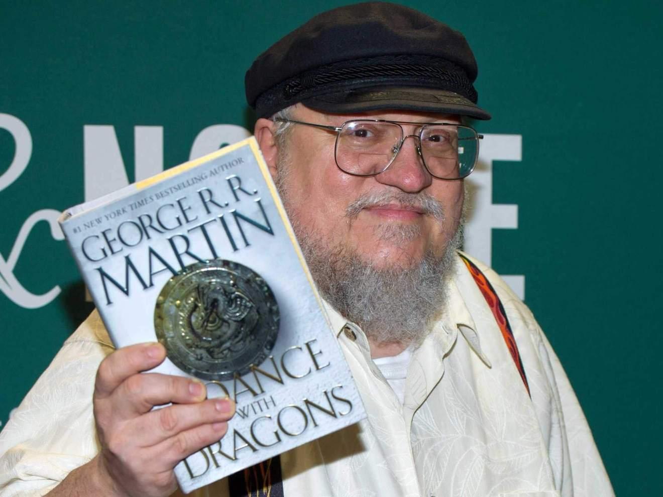 george rr martin 2011 3 - Game of Thrones: ator diz quando deve finalizar a gravação da 8ª temporada