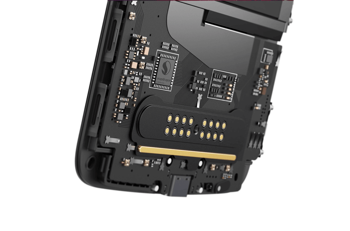 kjzsn 720x476 - Review: Moto Z2 Force, o topo de linha da Motorola