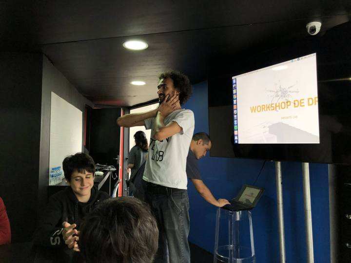 photo 720x540 - Espaço de inovação e movimento maker ensina a fazer drones em São Paulo