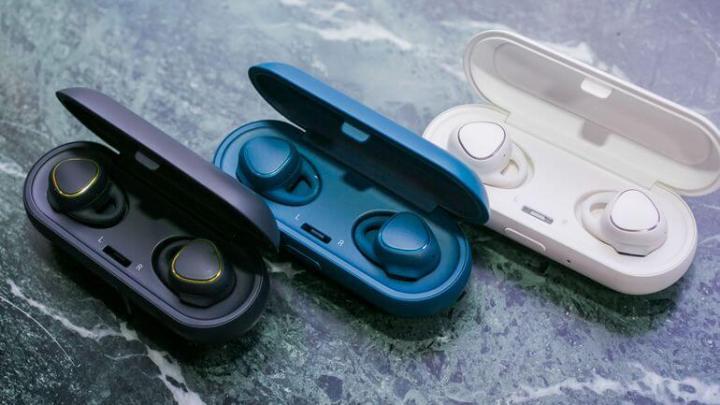 02 samsung gear icon x 720x405 - Comparativo: Samsung Gear IconX vs Bose SoundSport Free